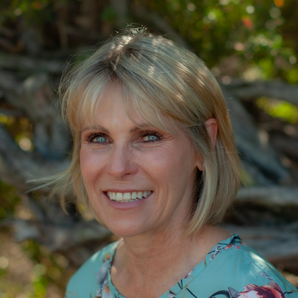 Gina-Lee Nel, Trustee, Vice Chairperson, the Knysna Education Trust